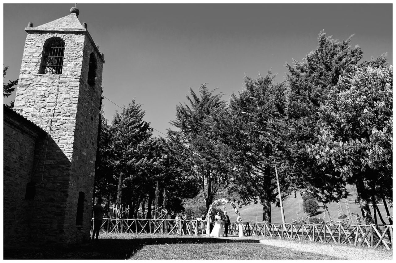 destination wedding italy matrimonio in basilicata la cavallerizza al castello